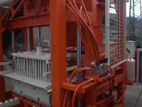 Satılık Briket- Parke- Bordür Makinasi 6 Lı